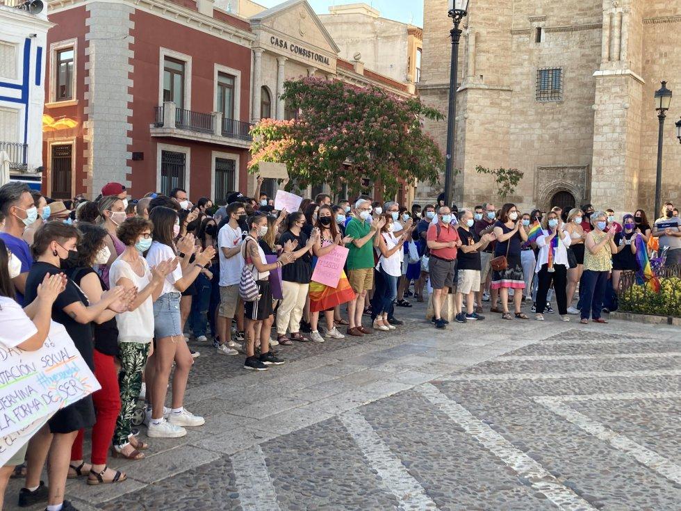 Unas 300 personas claman contra la muerte del joven de 24 años de A Coruña, Samuel. Además, la gran parte de participantes de esta concentración fueron adolescentes de Valdepeñas