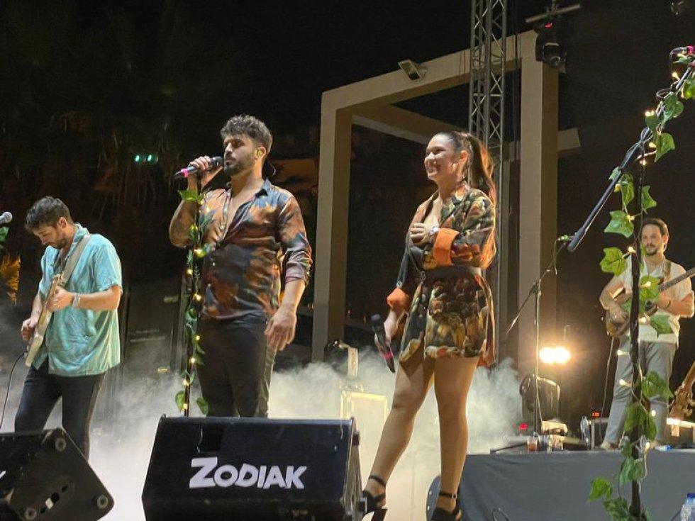 LOS40 Elda hacen bailar a Petrer en sus fiestas patronales