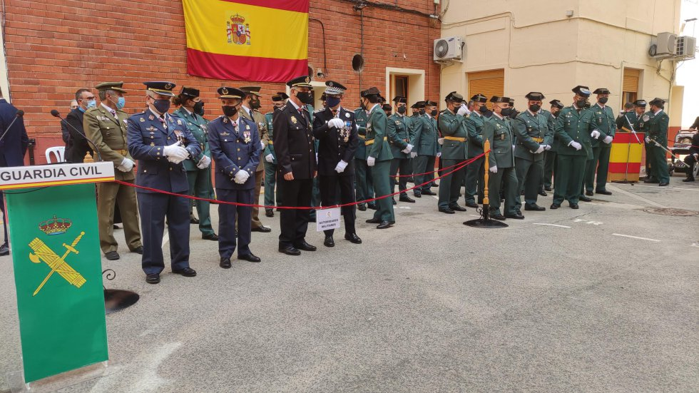 Algunas de las autoridades civiles y militares que participaron en el acto