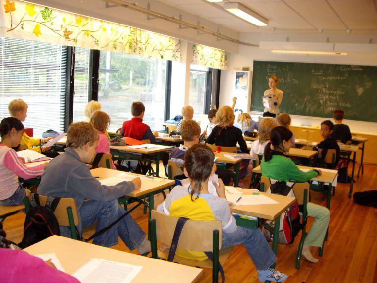 Cambia el mejor sistema educativo de Europa   Hora 14 Fin ...