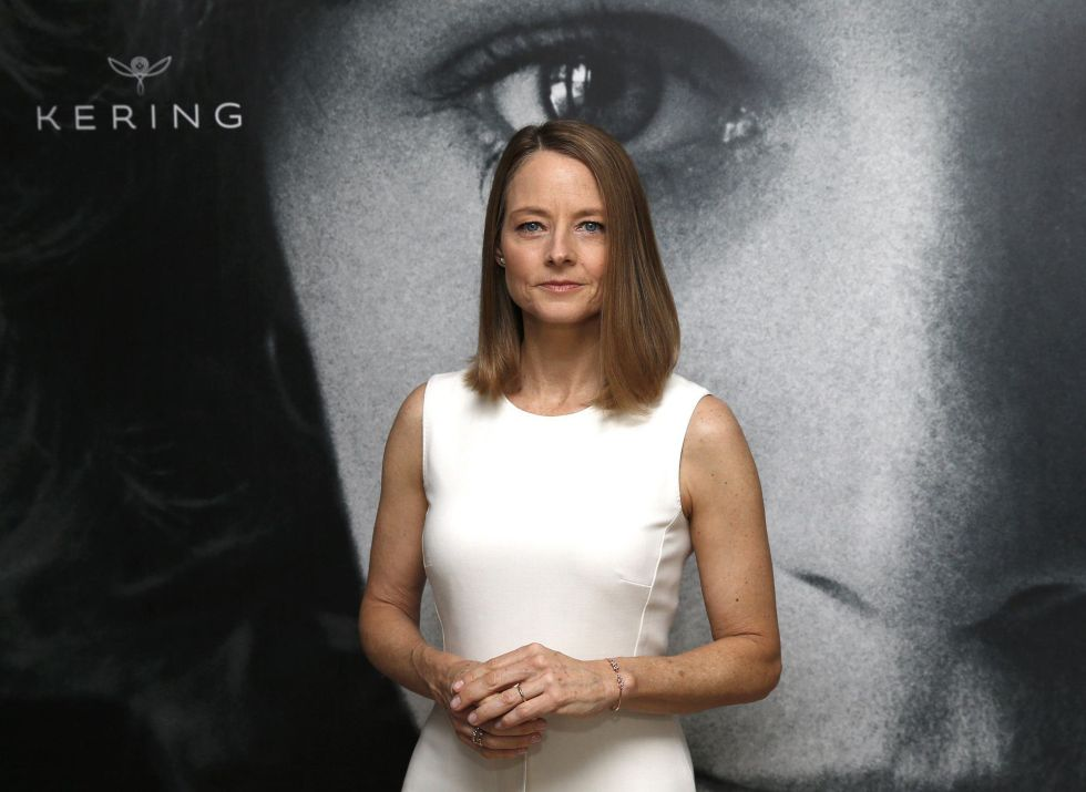 """Film director and actress Jodie Foster poses ahead of a debate """"Kering Women in Motion"""" during the 69th Cannes Film Festival in Cannes, France, May 12, 2016. REUTERS/Yves Herman"""