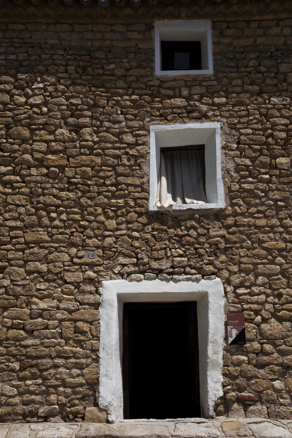 La ciudad vieja de Belchite, en imágenes