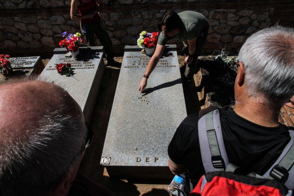 Balas encontradas por el equipo de la ARMH en las fosas comunes del cementerio civil de Guadalajara.