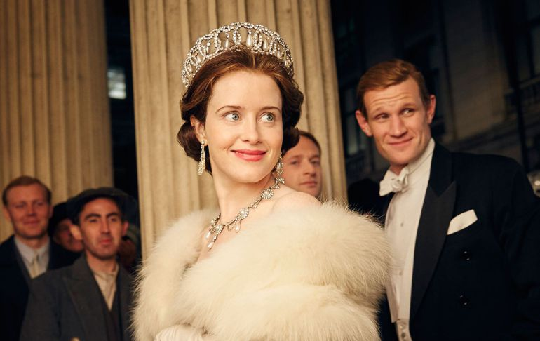Claire Foy y Matt Smith, protagonistas de 'The Crown'