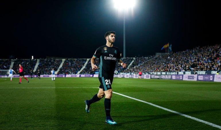 Marco Asensio durante un partido con el Real Madrid 80e410e49ec5f