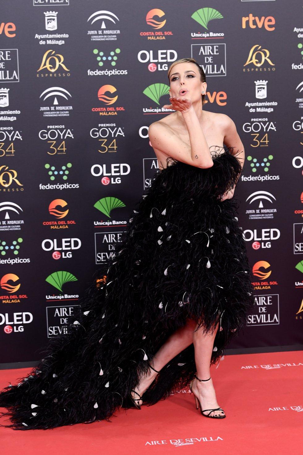Natalia de Molina en la alfombra roja de los Premios Goya 2020