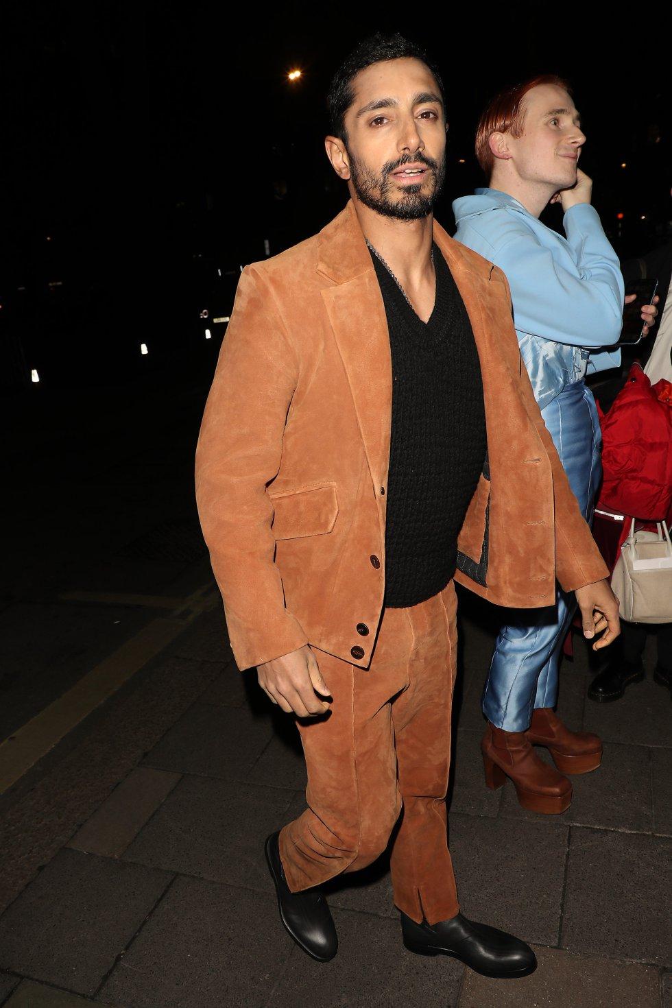 Riz Ahmed, en la alfombra roja.