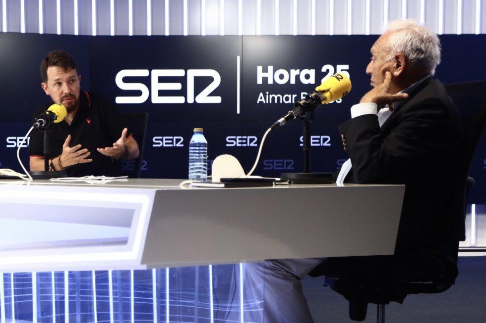 Pablo Iglesias y José Manuel García-Margallo debaten en 'Hora 25'.