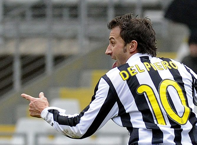 896c1a6ca7 El último aplauso para el capitán Del Piero