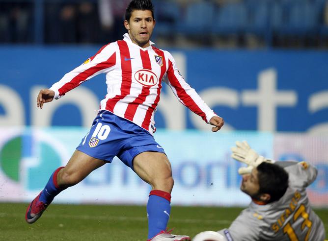 El Atlético de Madrid renueva al Kun Agüero hasta 2014 | Últimas ...