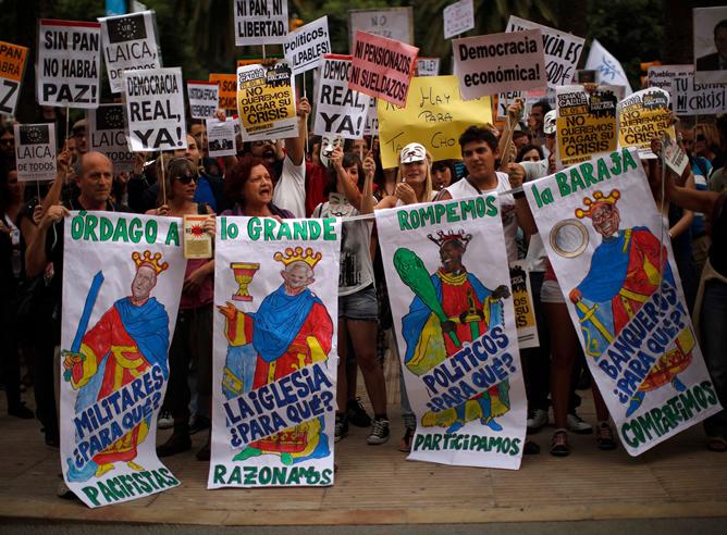 Unas 50 ciudades se unen a la manifestación 15-M contra al modelo político y social