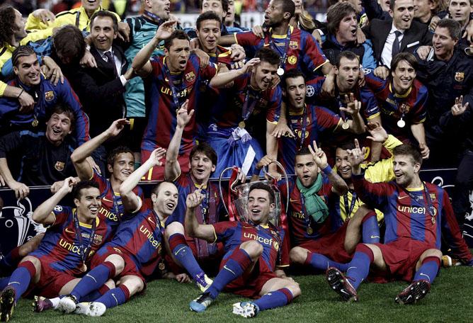 Los jugadores del FC Barcelona celebran su victoria por 3-1 ante el Manchester United en la final de la Liga de Campeones