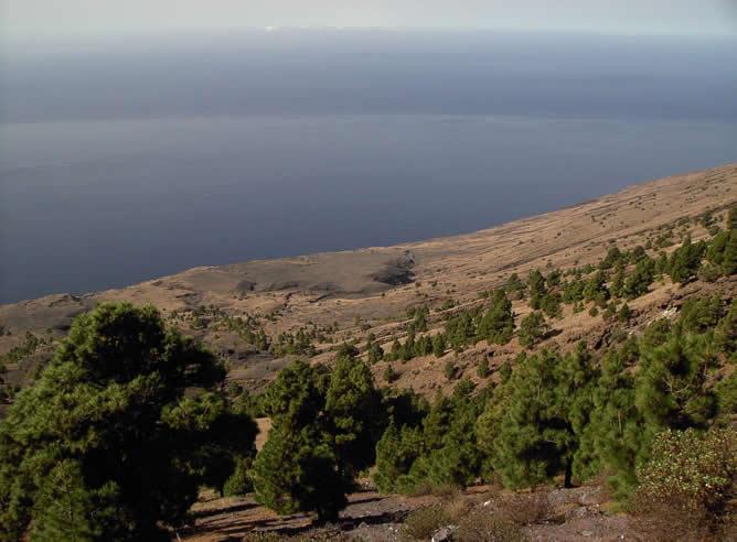 La vista de El Julan y el Mar de las Calmas, tomada desde el mirador del Centro de Interpretación