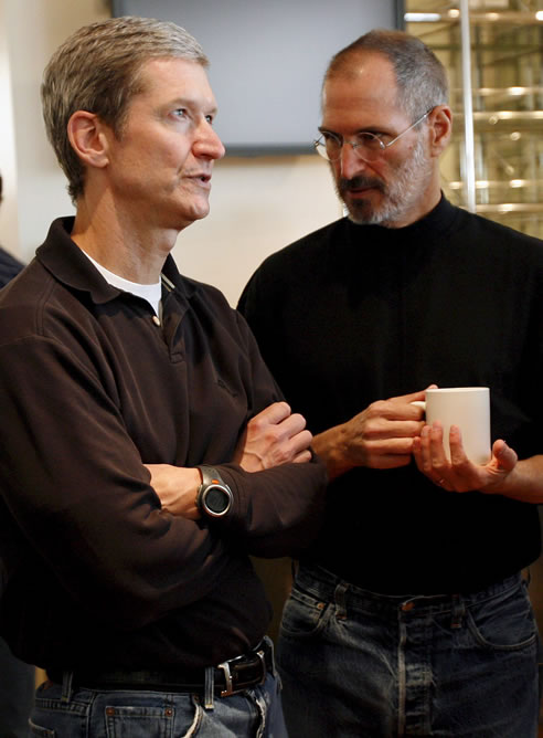 Tim Cook ha sustituido a Steve Jobs al frente de Apple