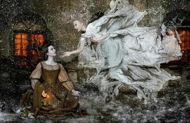 La exposición de Manuel de los Galanes -'No tan felices'- se puede ver en el Espacio Unonueve (Madrid) desde el 13 de diciembre de 2011