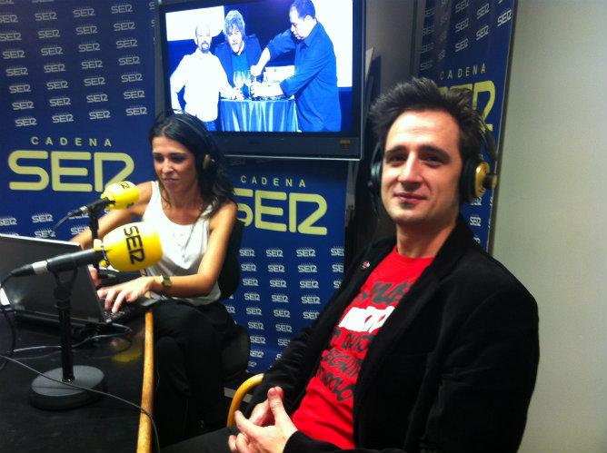 'Hora 25' entrevista a Javier Gallego tras recoger el Premio Ondas 2012.
