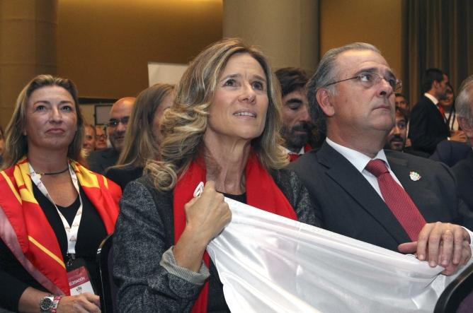 Cristina Garmendia en la sala donde se ha conocido la decepcionante noticia.