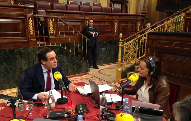 Pepa Bueno ha entrevistado a José Bono en el Congreso