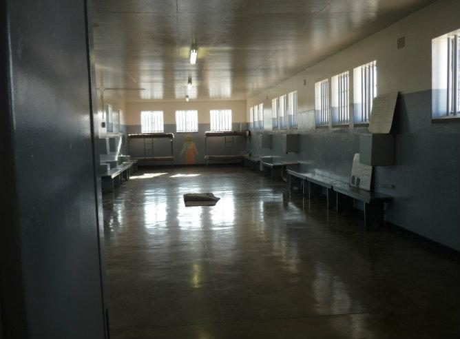 Zonas comunes de la cárcel en la que Nelson Mandela estuvo preso 27 años