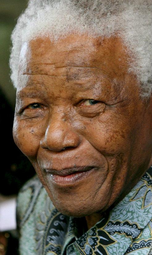 Nelson Mandela en su 94 cumpleaños, celebrado en la intimidad de su residencia de Qunu.