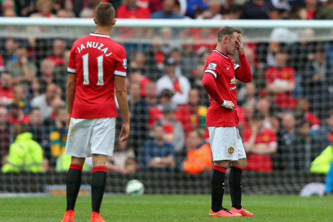 El Manchester United cayó en el comienzo de la Premier League ante el  Swansea por 1-2 d6eb4f90603f7