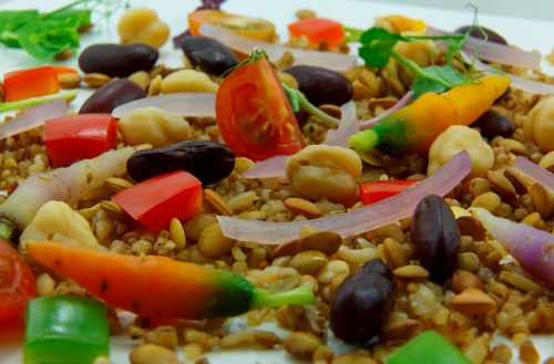 Ensalada de arroz integral con quinoa y legumbres - Ensalada de arroz light ...