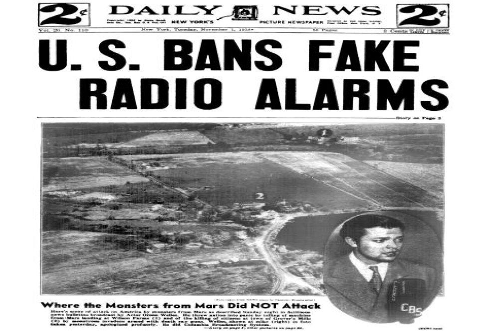 Portada del diario Daily News donde se informa de la falsa alarma generada por Orson Welles