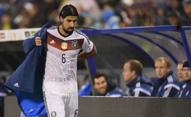 VIGO, SPAIN - NOVEMBER 18: Sami Khedira of Germany walks to the dressing room during the International Friendly match between Spain and Germany at Estadio Balaidos on November 18, 2014 in Vigo, Spain.  (Photo by Matthias Hangst/Bongarts/Getty Images)