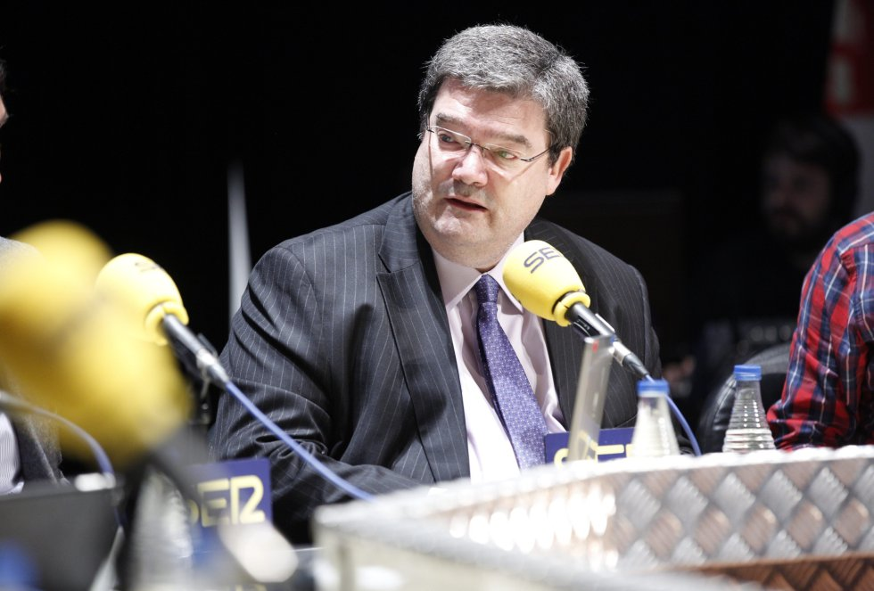 El consejero de empleo y asuntos sociales del Gobierno Vasco, Juan María Aburto, en la mesa redonda sobre empleo juvenil