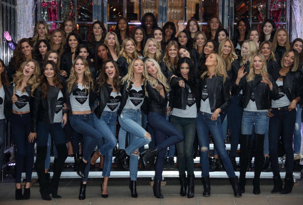 LONDON, ENGLAND - DECEMBER 01:  Models attend the photocall for the Victoria's Secret Angels ahead of the annual fashion show at Victoria's Secret New Bond Street on December 1, 2014 in London, England.  (Photo by Mike Marsland/WireImage)