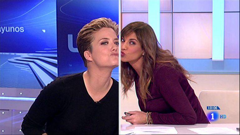 Beso lesbico en el mundial rusia vs mexico con cual vas - 2 10