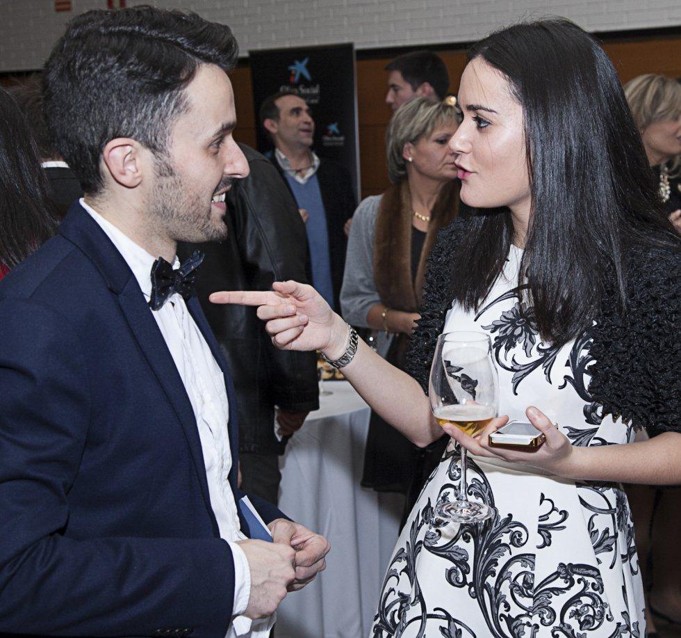 Lara Salgado, copresentadora de la gala, y Pablo Taboada, de 'El País' Galicia