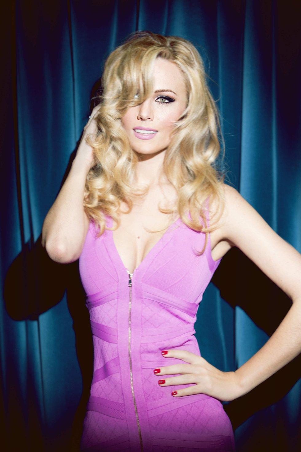 Eurovisión 2015:: Así posa Edurne para ir a Eurovisión