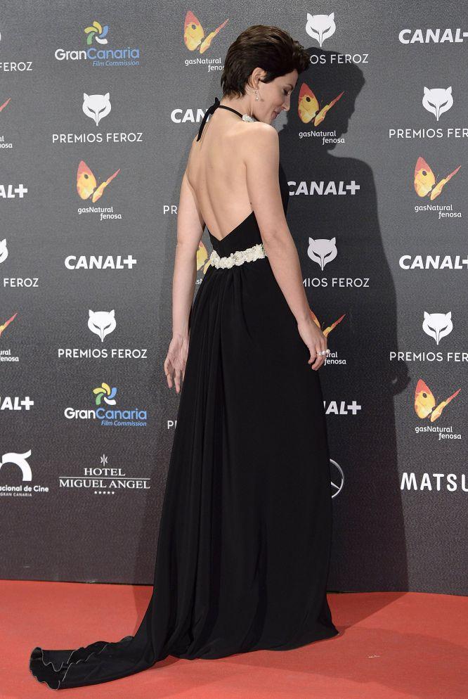 La espalda de Bárbara Lennie, en los premios Feroz