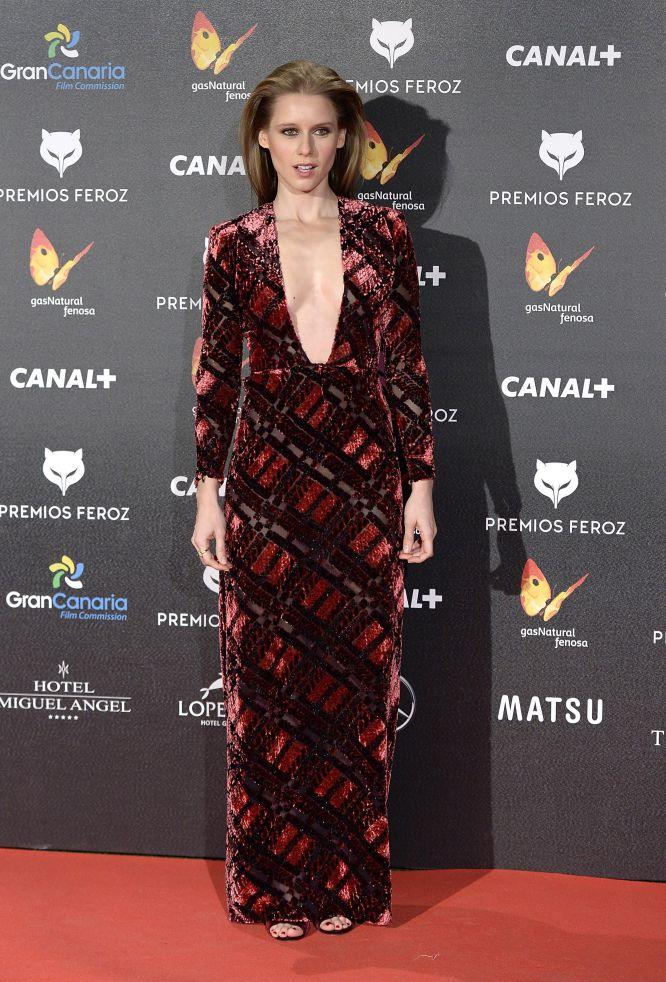 La actriz Manuela Velles optó por un escotazo para la gala de los premios Feroz
