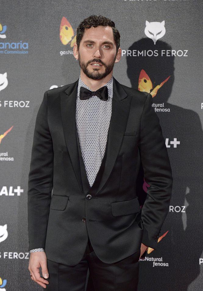 Paco León, muy elegante en los premios Feroz