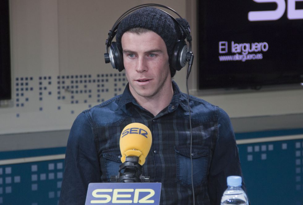 Gareth Bale, respondiendo a las preguntas de José Ramón de la Morena