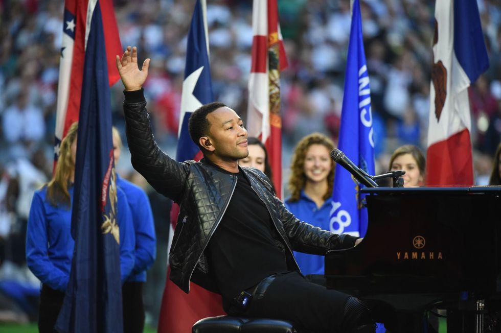 John Legend ha interpretado 'America, the Beautiful' antes del partido.