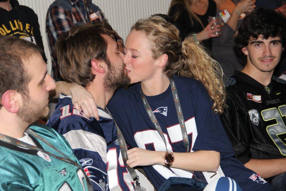 Los besos no han faltado en la retransmisión de la Super Bowl en la SER.