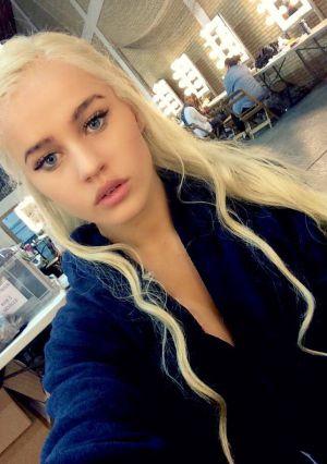 Rosie Mac La Daenerys Targaryen Que Sí Se Desnuda En Juego De