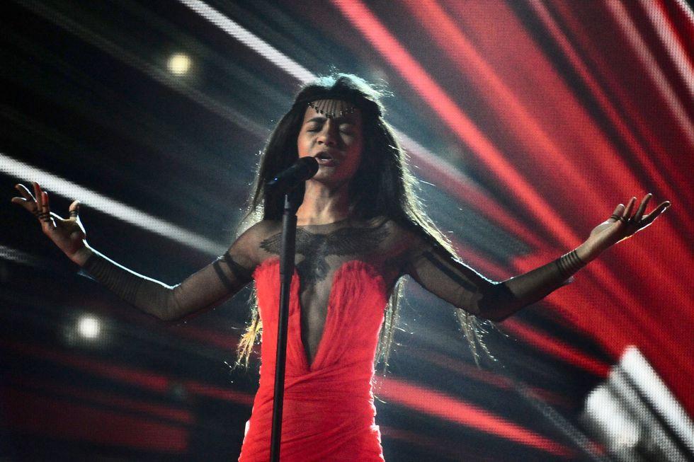 """Aminata, de Letonia, en la canción """"Love injected""""."""