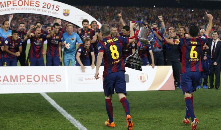 Barca Campeon Copa Del Rey Messi Da El Doblete Al Barcelona Ultimas Noticias De Deportes Cadena Ser