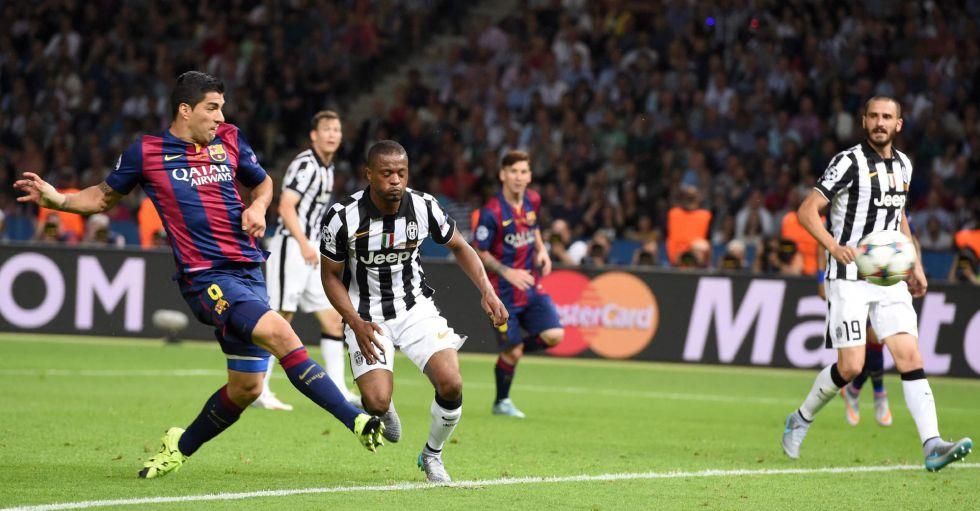 Messi aparece en la final para ceder el balón al '9', que marca el segundo gol del conjunto azulgrana