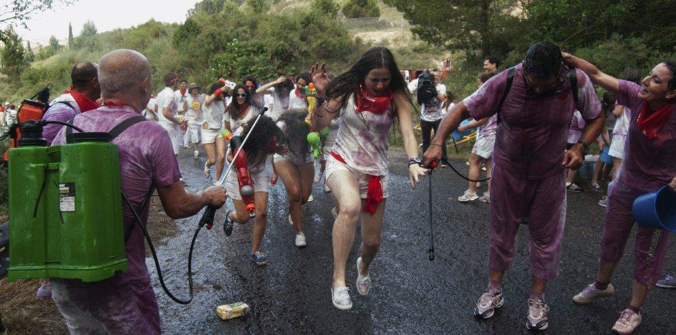 Batalla del vino: Haro se tiñe de rojo