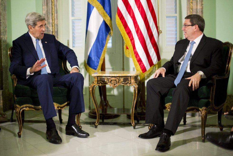 Esta es la tercera ocasión en que se reúnen los jefes de la diplomacia de Estados Unidos y Cuba (John Kerry y Bruno Rodriguez), que el pasado 20 de julio restablecieron relaciones tras más de medio siglo de enemistad.