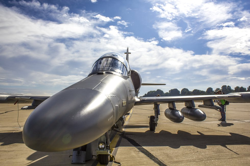 Este es un caza del ejército de la República Checa. En total, todo el ejercicio dispone de más de 140 aviones y 60 barcos.