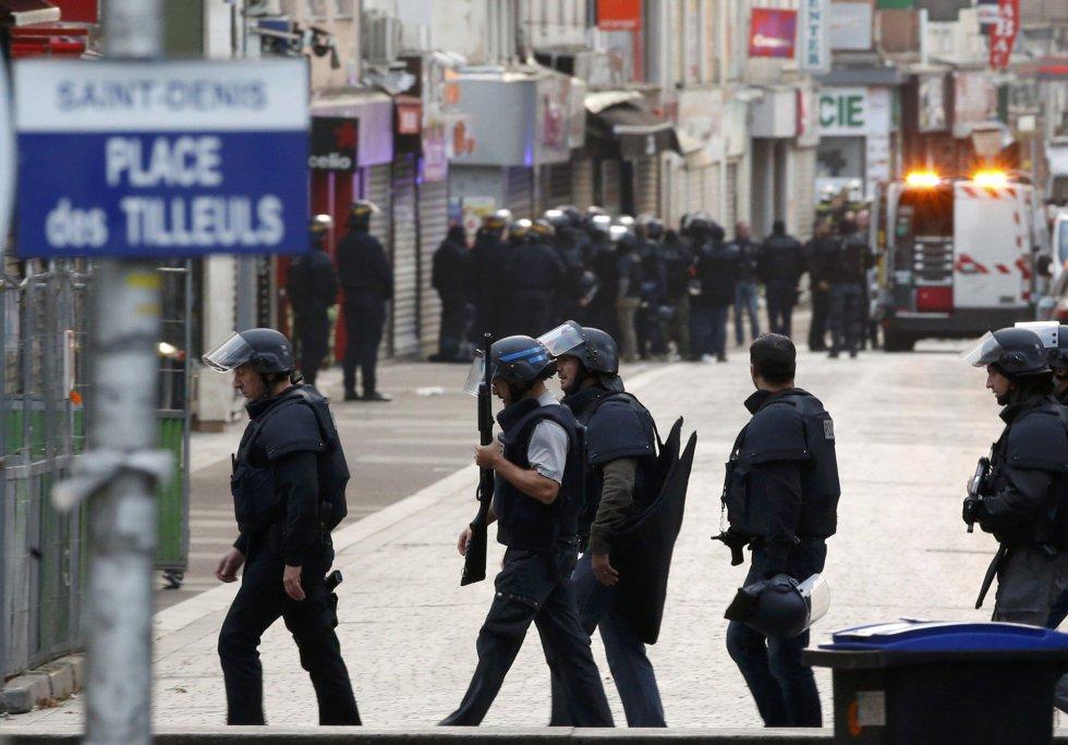 Las calles de Saint-Denis, llenas de policía