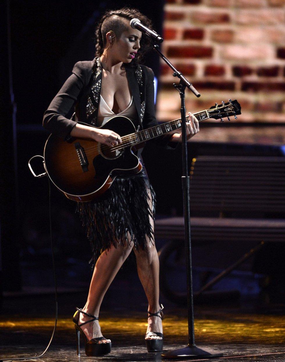 La cantante puertorriqueña Raquel Sofia.