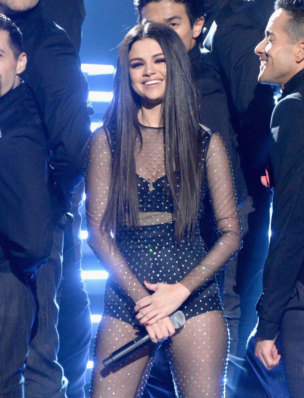 Selena Gomez, tras su actuación en los American Music Awards 2015.