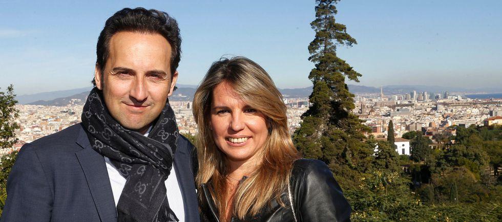 Iker Jiménez, Ondas al mejor presentador de televisión, junto a su colaboradora y esposa, en la recepción a los premiados en el palacete Albéniz.